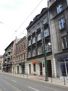 Quiet façades